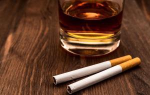 Los europeos viven más pese al alto consumo de tabaco y alcohol