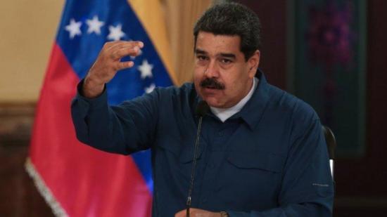 Maduro asevera que el emigrante venezolano sale del país ''lleno de dólares''