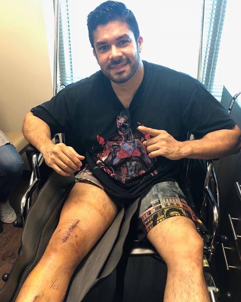 Jerry Rivera se recupera de su cirugía en la rodilla luego de su caída en Ecuador