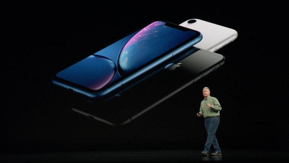 Apple presenta los iPhone XS y XS Max, con protección especial ante líquidos
