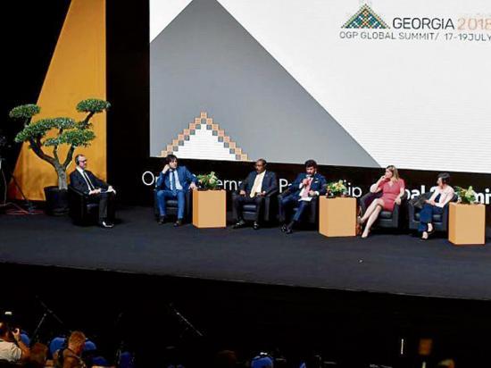 Buscan compromisos en la lucha contra la corrupción