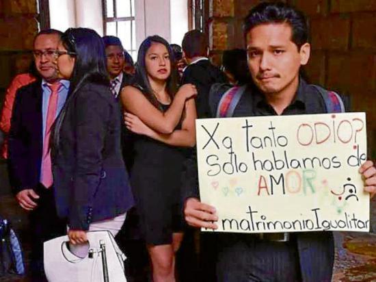 Corte descarta el matrimonio del mismo sexo