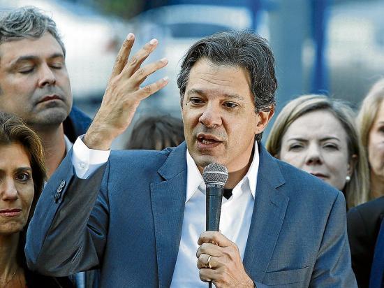 Lula desiste de ser candidato presidencial