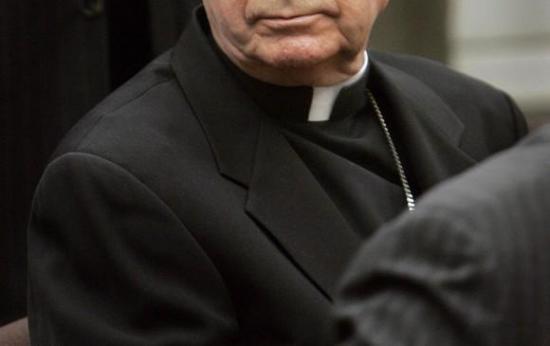 Fiscalía allana simultáneamente cuatro obispados en Chile por casos de abusos