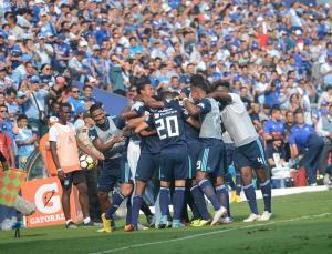 Emelec, imparable tras vencer 3-1 a El Nacional en casa