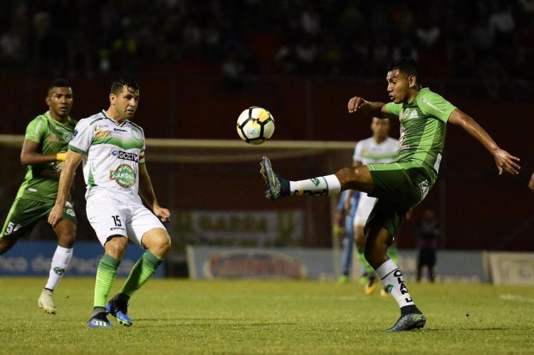 Liga de Portoviejo ganó 1-0 al puntero de la SerieB Mushuc Runa en el Reales Tamarindos