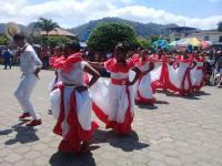 Color y tradición en los festejos