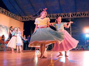 El ballet urbano mostró mucha diversidad en la provincia