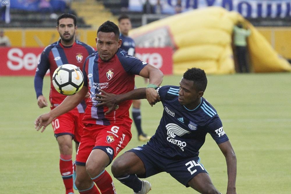 El Nacional deja escapar el triunfo ante Emelec (1-1)