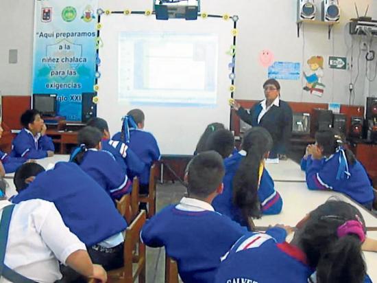 Campaña incluye  a los profesores