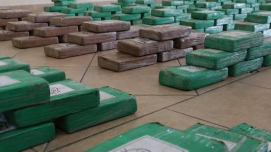 Decomisan en Costa Rica 428 kilos de cocaína y detiene a un ecuatoriano y dos colombianos