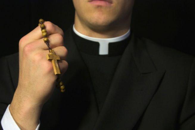 Encuentran en Quito a un sacerdote muerto y atado