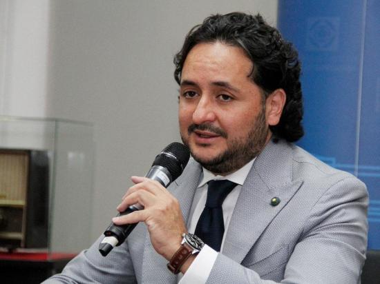 'Sabatinas' de Correa le costarán al Gobierno 6 millones de dólares