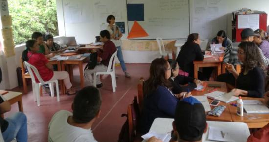 Capacitan a 312 profesores en Galápagos para fortalecer el nivel académico