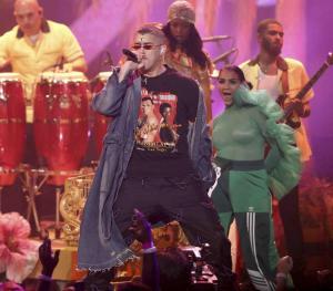 Bad Bunny rompe récord en venta de boletos para sus dos conciertos en Puerto Rico
