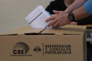 Eliminan 50.023 registros de extranjeros en padrón electoral