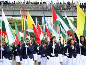 Nueves carrozas y tres mil personas participarán en el desfile de Portoviejo