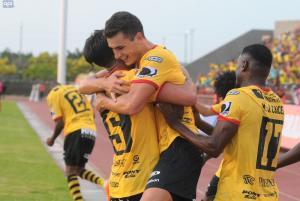 Fiesta de goles en el encuentro entre Guayaquil City y Barcelona (3-4)