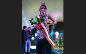 Geanella es la nueva reina de Montecristi