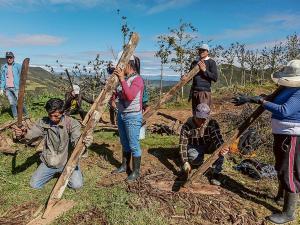 Dos pueblos cuidan el agua y su entorno