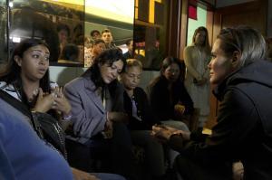Angelina Jolie visita frontera Perú-Ecuador y comprueba éxodo venezolano