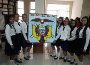 Estudiantes de diferentes unidades educativas de Junín rinden honores al Escudo Nacional