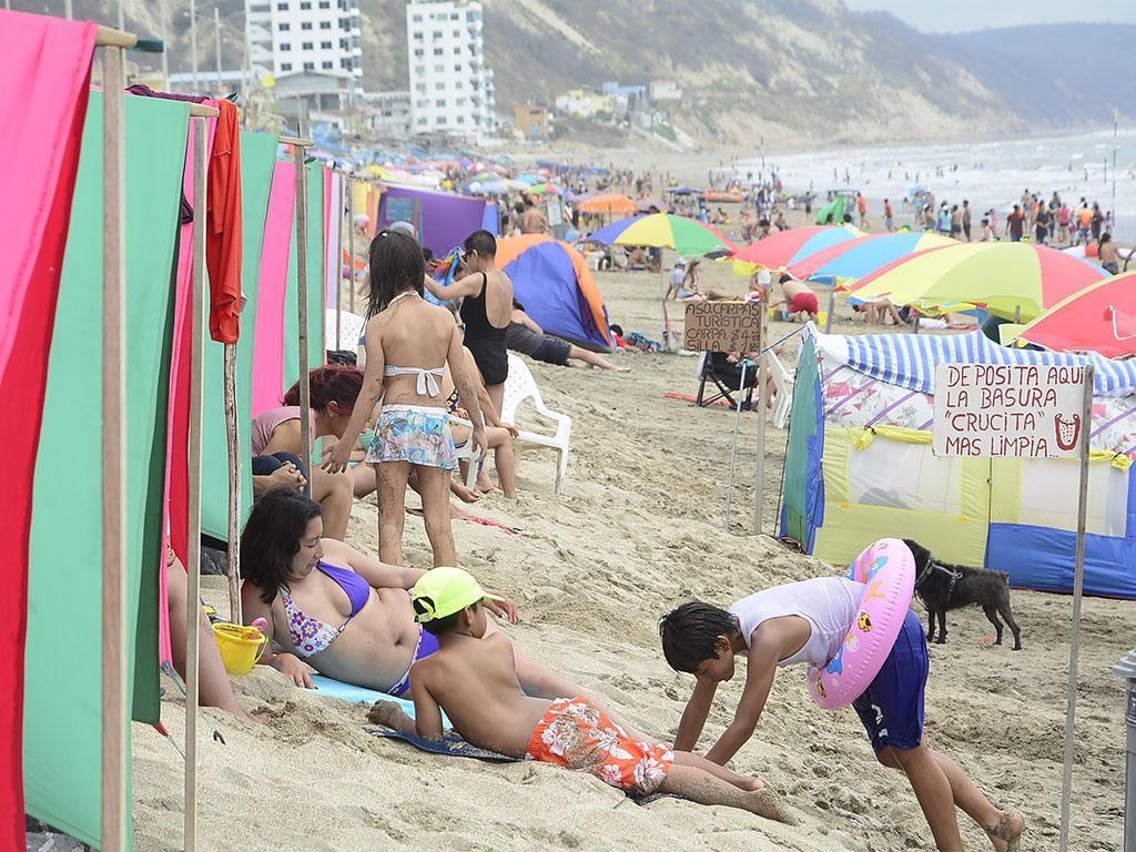Más de medio millón de turistas se movilizaron durante el feriado