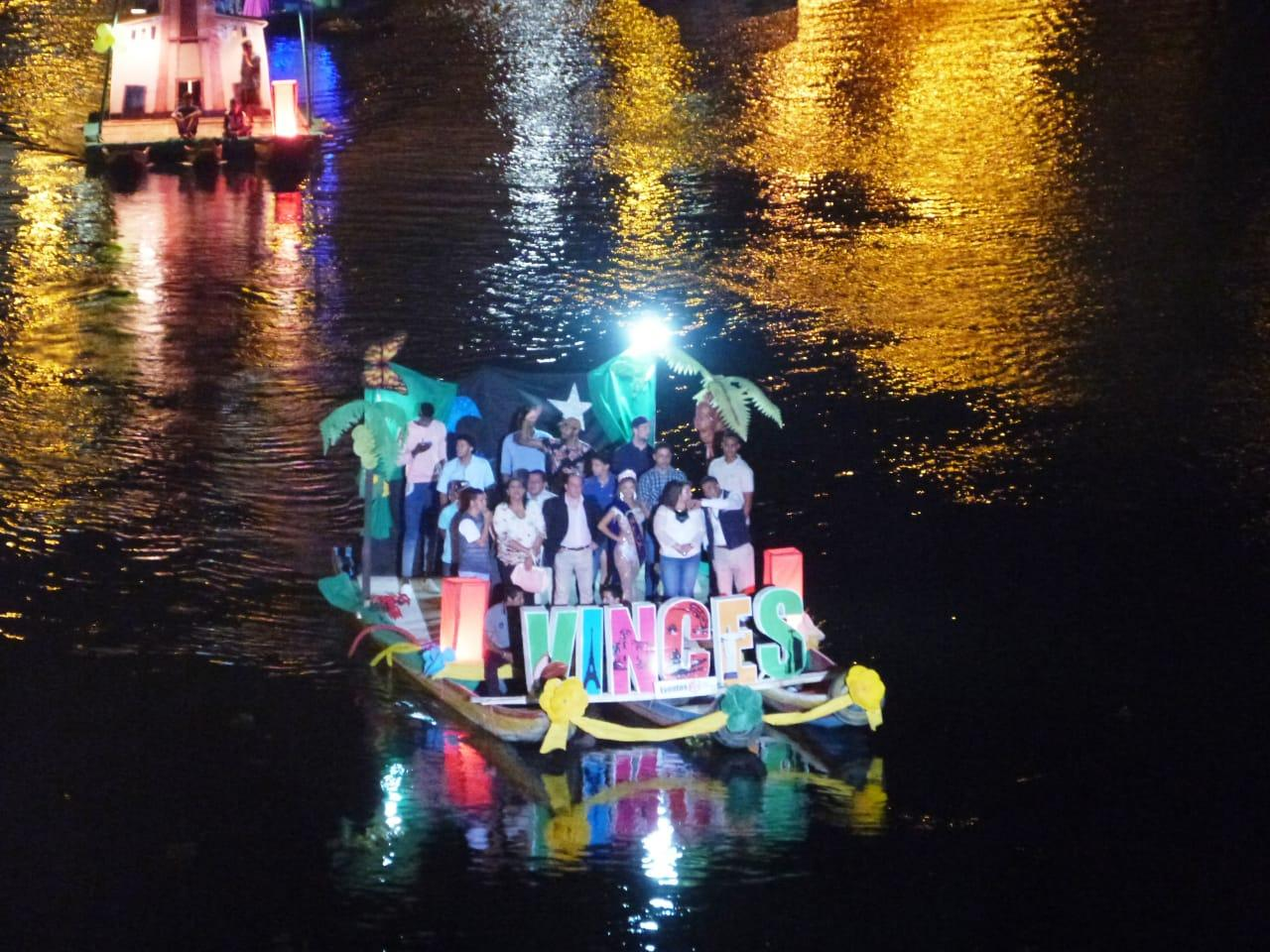 Noche de  color y cultura