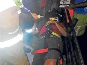 Chofer resulta herido en choque