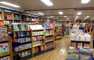VÍDEO: Logos Hope, la librería flotante más grande del mundo, llega a Manta