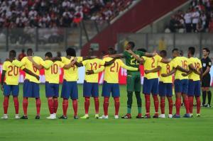 ''Bolillo'' Gómez pide humildad en Ecuador, ''respetar un poquito más''