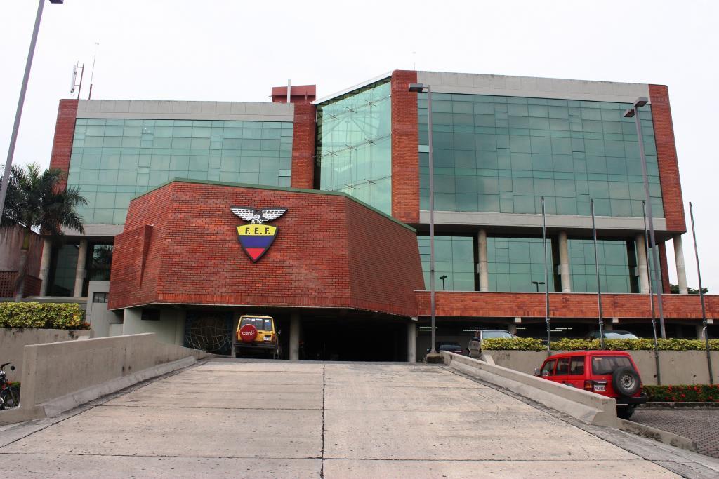 El Campeonato Ecuatoriano de Fútbol cambia de sistema y comienza en febrero con más equipos