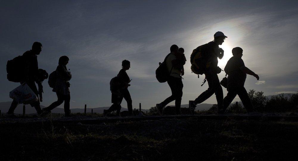Mitos sobre los migrantes han sido utilizados para excluirles, según estudio