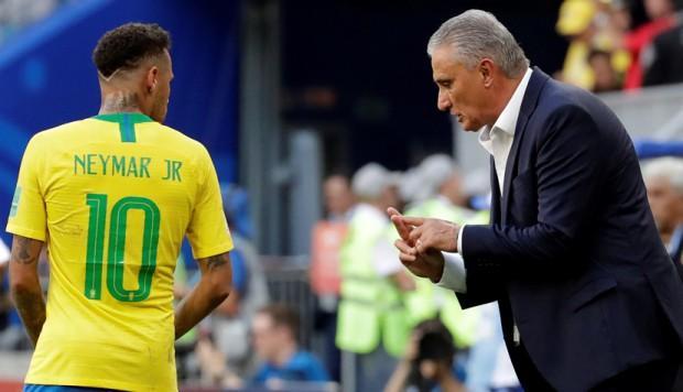 Tite recomendó a Neymar mostrar su 'lado humano con más frecuencia'