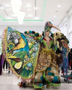 Virginia se lució en la presentación de traje típico del Miss Universo 2018