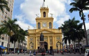 Un hombre mata a cuatro fieles en una catedral en Brasil antes de suicidarse