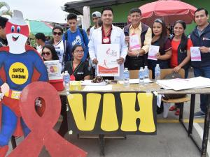 Promueven la prevención de VIH/Sida en una feria