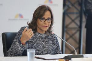 Eleizabeth Cabezas denuncia amenazas de grupos vinculados al expresidente Correa
