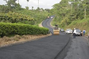 Construcción de  vía en la última fase