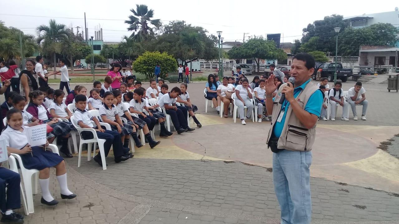 Lanzan en Sucre la campaña ''La pirotecnia no es un juego de niños''