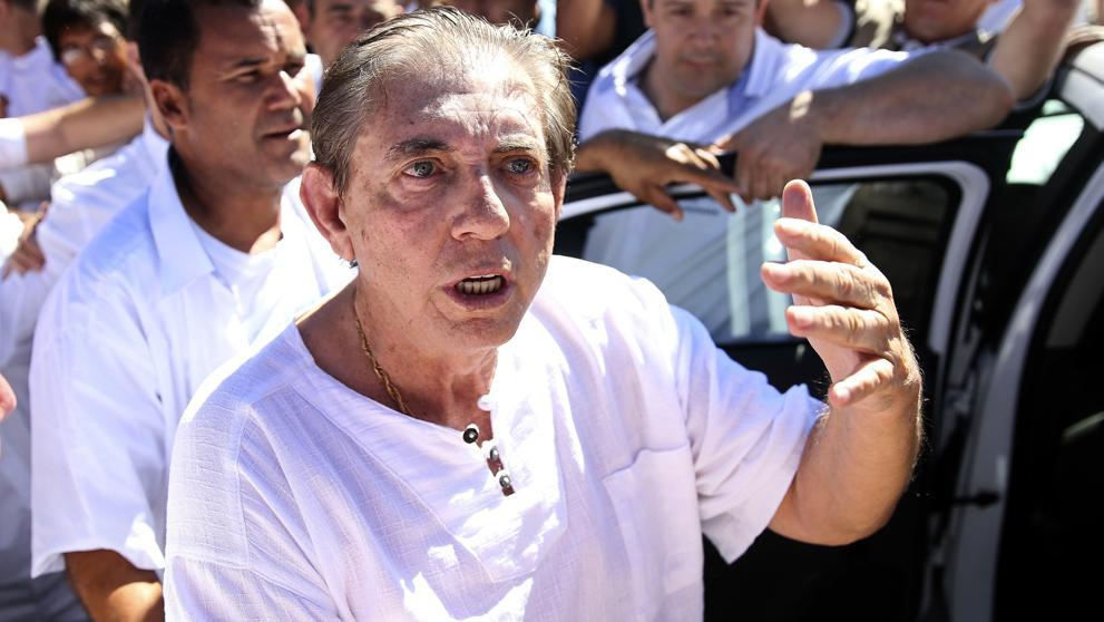 El médium brasileño acusado de abusos sexuales dice que Dios lo guiaba