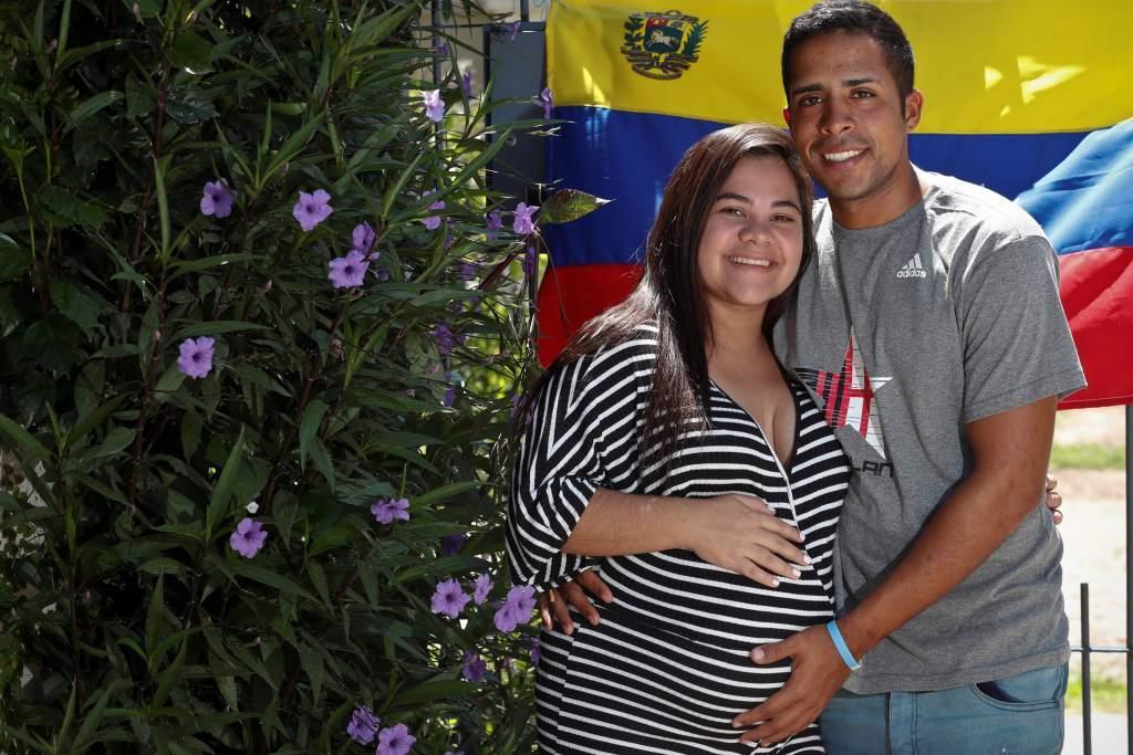 Caminó desde Venezuela hasta Argentina para estar en el parto de su novia