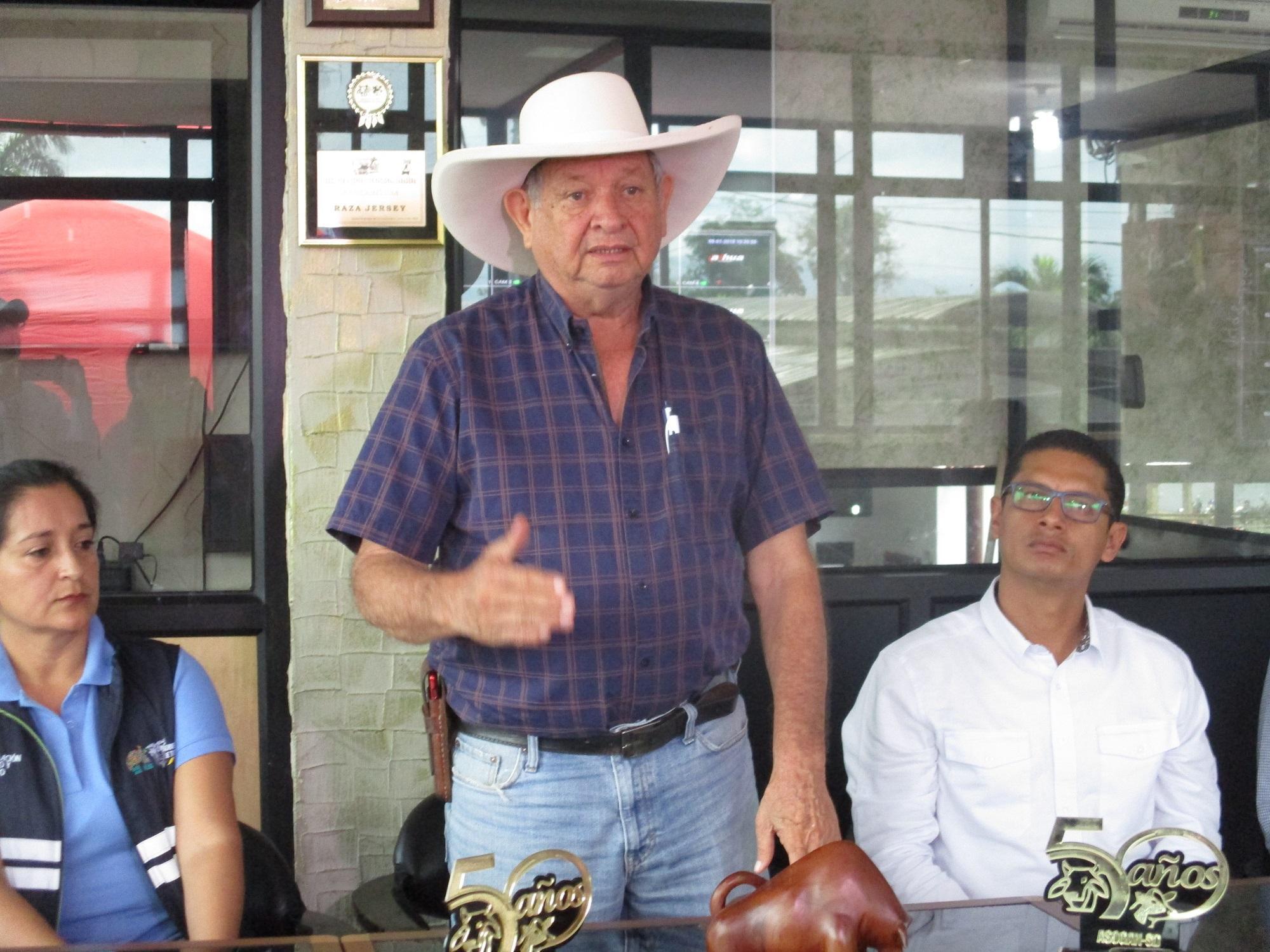Jorge Garzón asume la presidencia