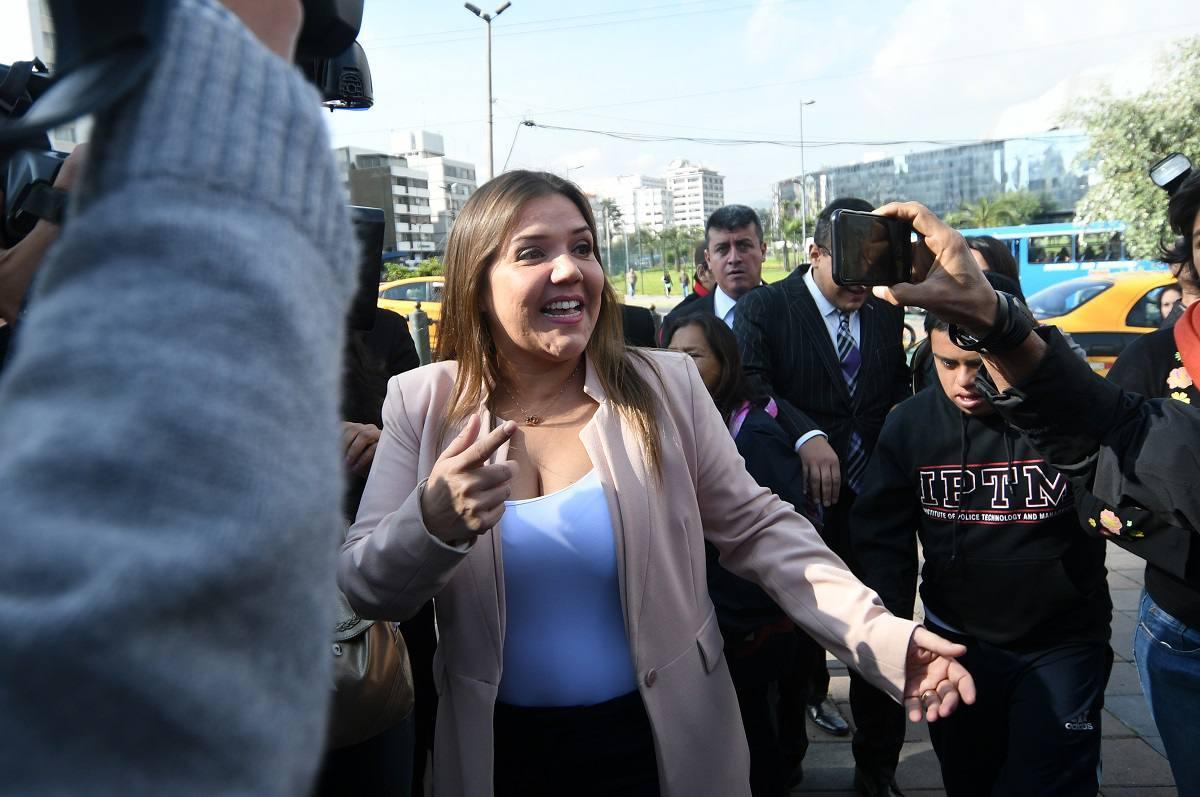 Alejandra Vicuña pide a Moreno se analice su seguridad pública para que se la retiren