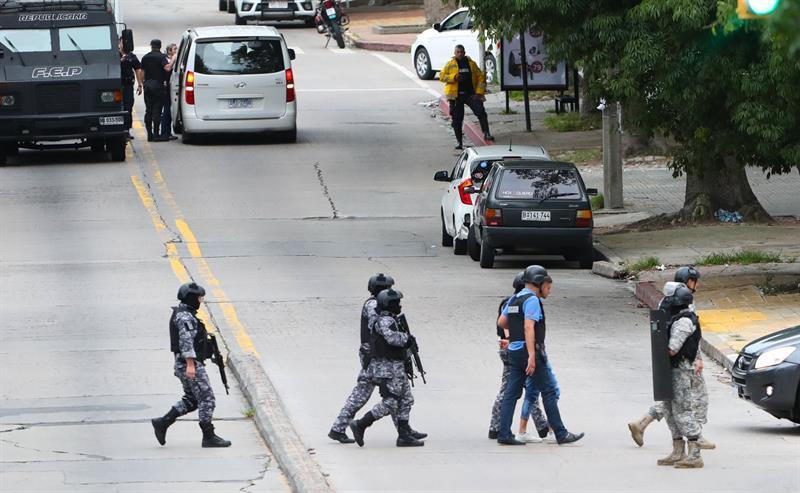 'Negociación exitosa' hizo que hombre con rehenes se rindiera en Uruguay
