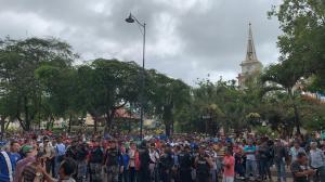 Protestan por presunta corrupción, falta de agua y piden la renuncia de tres concejales