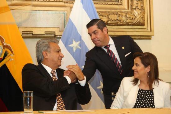 Raúl Ledesma deja el ministerio de Trabajo y asume como Gobernador del Guayas