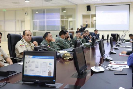 48.883 policías y 34.000 miembros de las FFAA resguardarán seguridad en elecciones