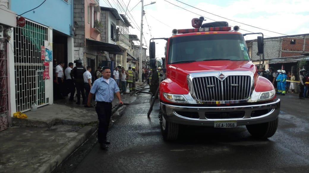 Sube a 18 los fallecidos tras incendio en clínica de rehabilitación en el suburbio de Guayaquil