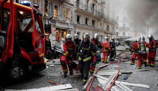 Una explosión en panadería de París deja 3 muertos y decenas de heridos